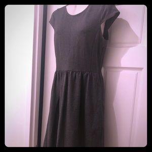 Adorable Madewell gray babydoll dress!